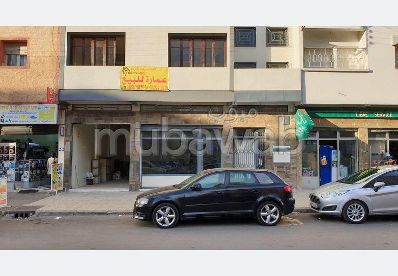 Maravillosa casa en venta en Hay Moulay Abdellah. Dimensión 300 m². Garaje privado.
