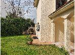 Location villa de luxe à Rabat. 4 belles chambres. Tout confort avec piscine et cheminée