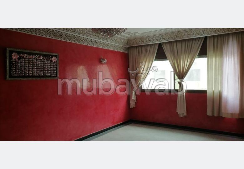 Appartement à louer à Casablanca. 5 grandes pièces