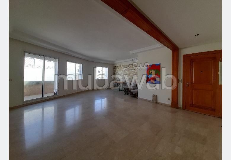 Magnifique appartement à louer vide à Ghandi
