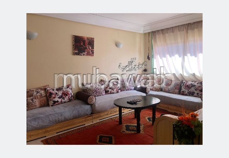 شقة رائعة للإيجار بحي الشتوي. المساحة 90 م². مفروشة.