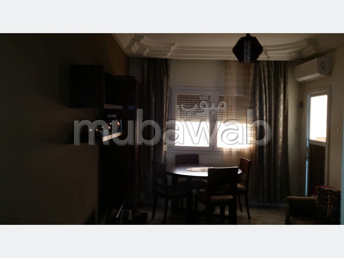 Apartment for sale in Khaznadar. 3 beautiful rooms. Green area.