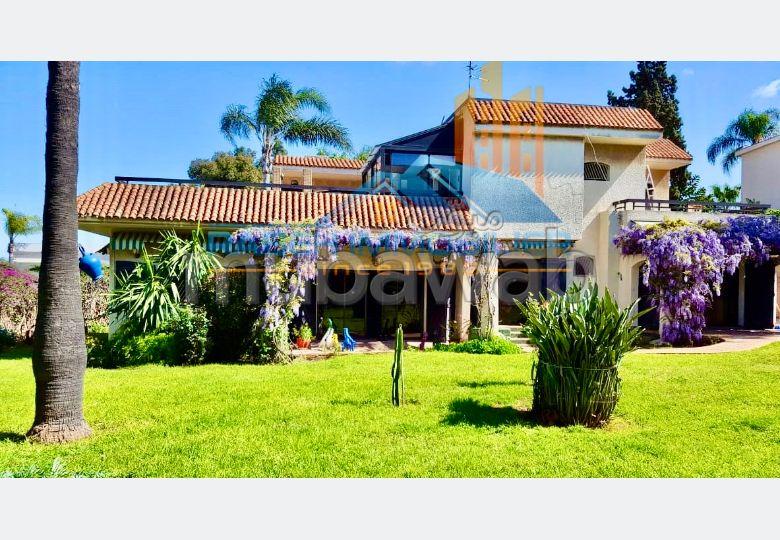 Villa de  1200 m2 à vendre à Californie