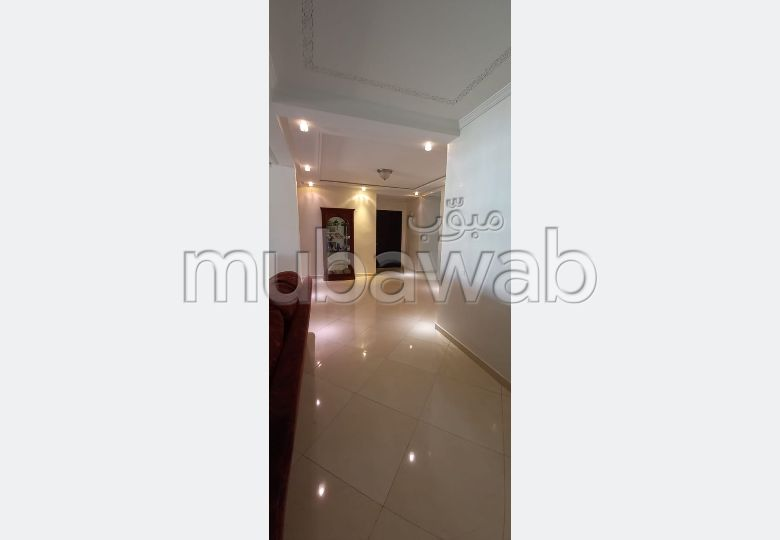 Apartment for sale in Centre. 4 Hall. Lift and parking.