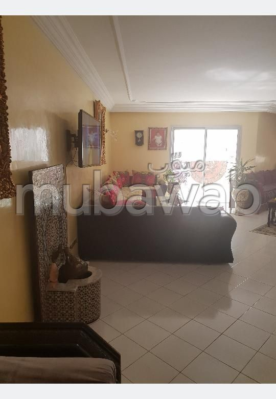 Sell apartment in Maamora. 3 Small room. Traditional Moroccan living room, secured residence.