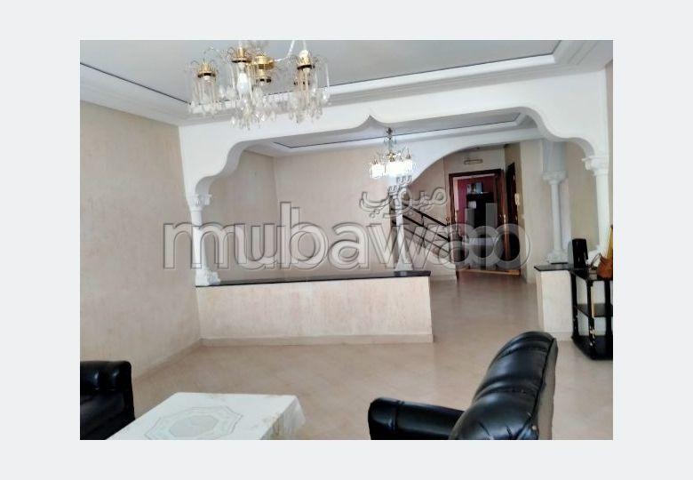 Apartment for rent in Médina. Area 110 m². Storage unit.