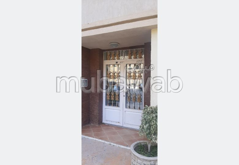 Apartment to purchase in Hay Hassani. 3 Studio. Protected neighbourhood.