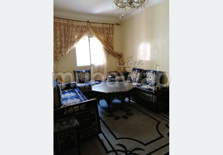 شقة رائعة للايجار بطريق الدارالبيضاء. 7 قطع رائعة. مفروشة.