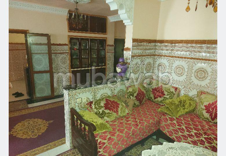 شقة جميلة للبيع ب أولاد وجيه. المساحة الكلية 150 م². شرفة رائعة.