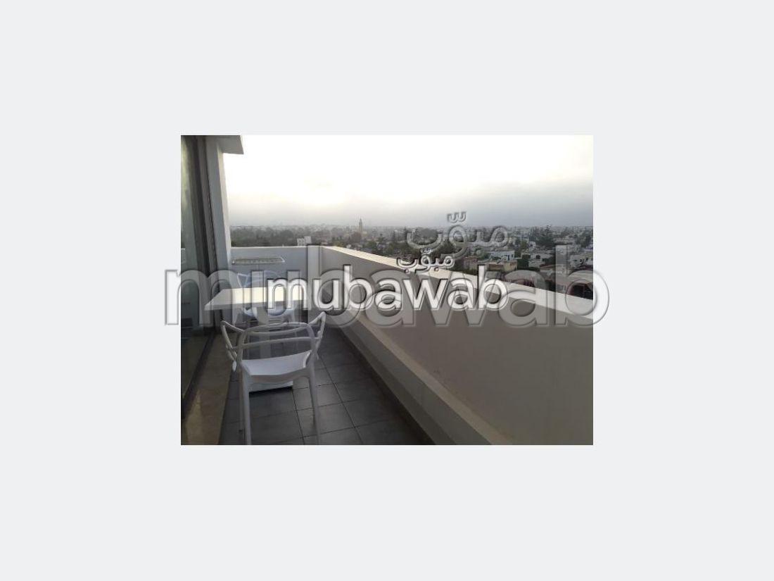 Encuentra un piso en alquiler en CIL (Hay Salam). Pequeña superficie 50 m²;. Amueblado.