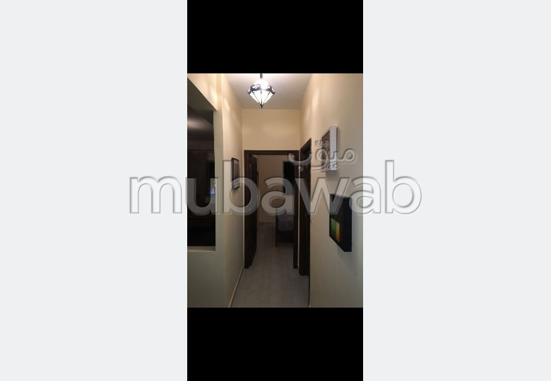 Flat for rent in Route Casablanca. 3 Rooms. Ample storage space.