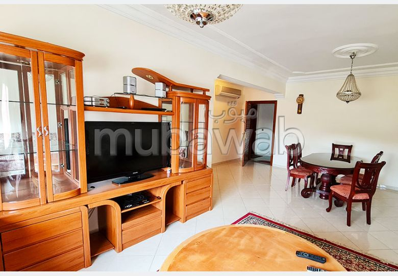 Beautiful apartment for sale in Centre. 3 Toilet. Traditional Moroccan living room, Secured neighbourhood.