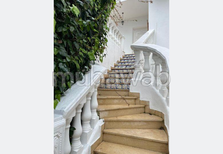 A louer à sidi Bousaid un très bel étage de villa