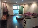 Appartement à vendre à Bourgogne Est. Surface totale 140 m². Service de concierge, cheminée.