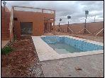 Somptueuse maison à vendre à Marrakech. 4 chambres agréables. Piscine