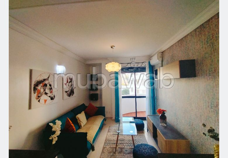 Lovely apartment for rent in Malabata. Dimension 130 m². Well decorated.