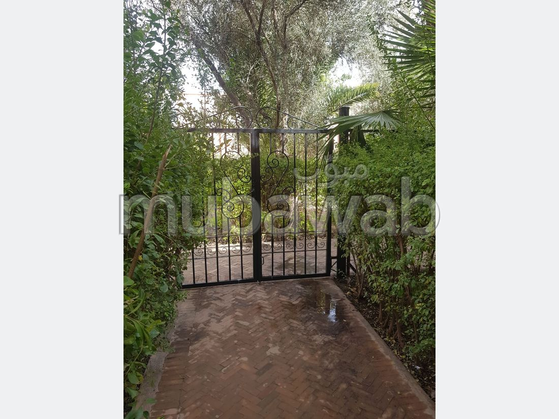 House for sale in Agdal. 4 rooms. Green areas, Balcony.
