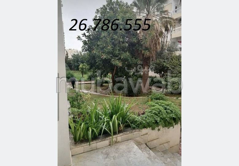 Apartment for rent in El Menzah 9. Area 100 m². Green areas, Parking spaces for cars.