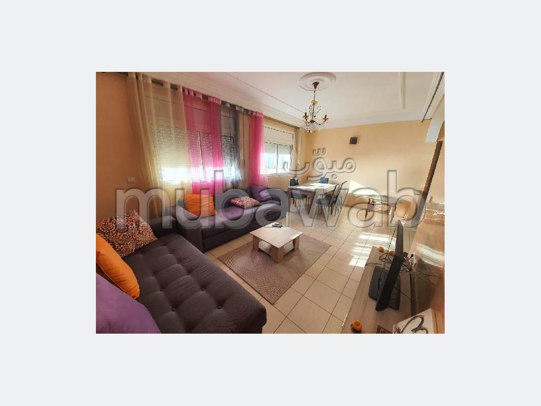 Very nice apartment for rent in Ville Nouvelle. 3 large living areas. Attic.