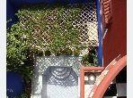 Casa en venta en Hay Al Massar. Superficie de 289 m²;. Sala de estar tradicional marroquí, barrio seguro.