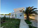 Se vende villa de lujo en Achakar. 7 Estudio. Jardín privado.