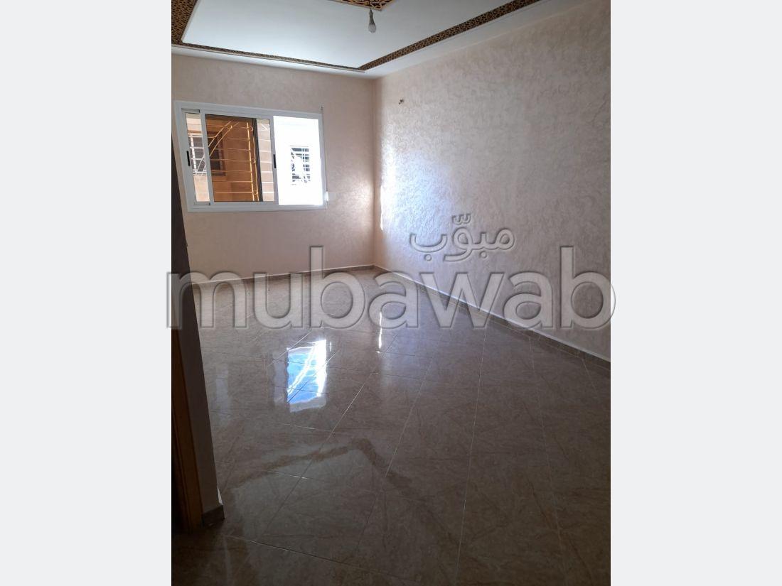 Piso en venta en Hay Bensouda. Área total 70 m²;.