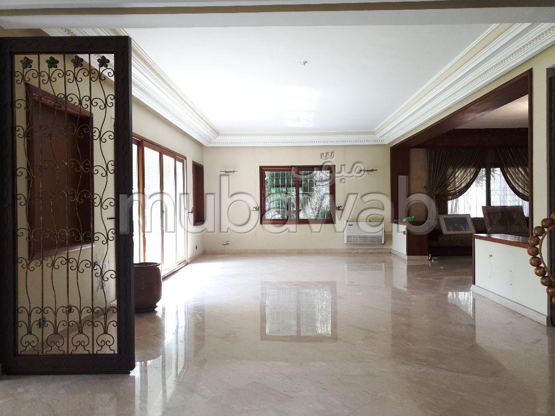 LAYMOUNE Très belle villa ensoleillée 504 m²
