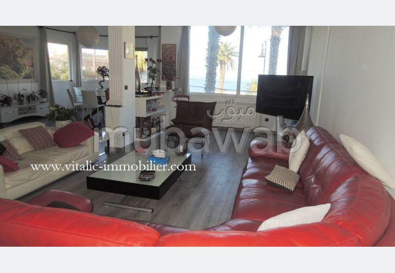 شقة رائعة للإيجار ب مرشان. المساحة الإجمالية 300 م². مفروشة.
