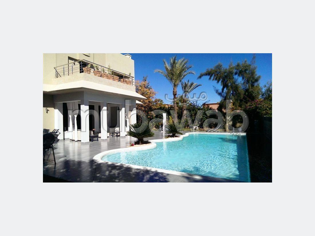 Somptueuse villa à louer à Amelkis. Superficie 450 m²