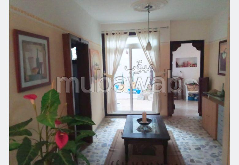 Rez de chaussée de villa meublé S+1, Amilcar