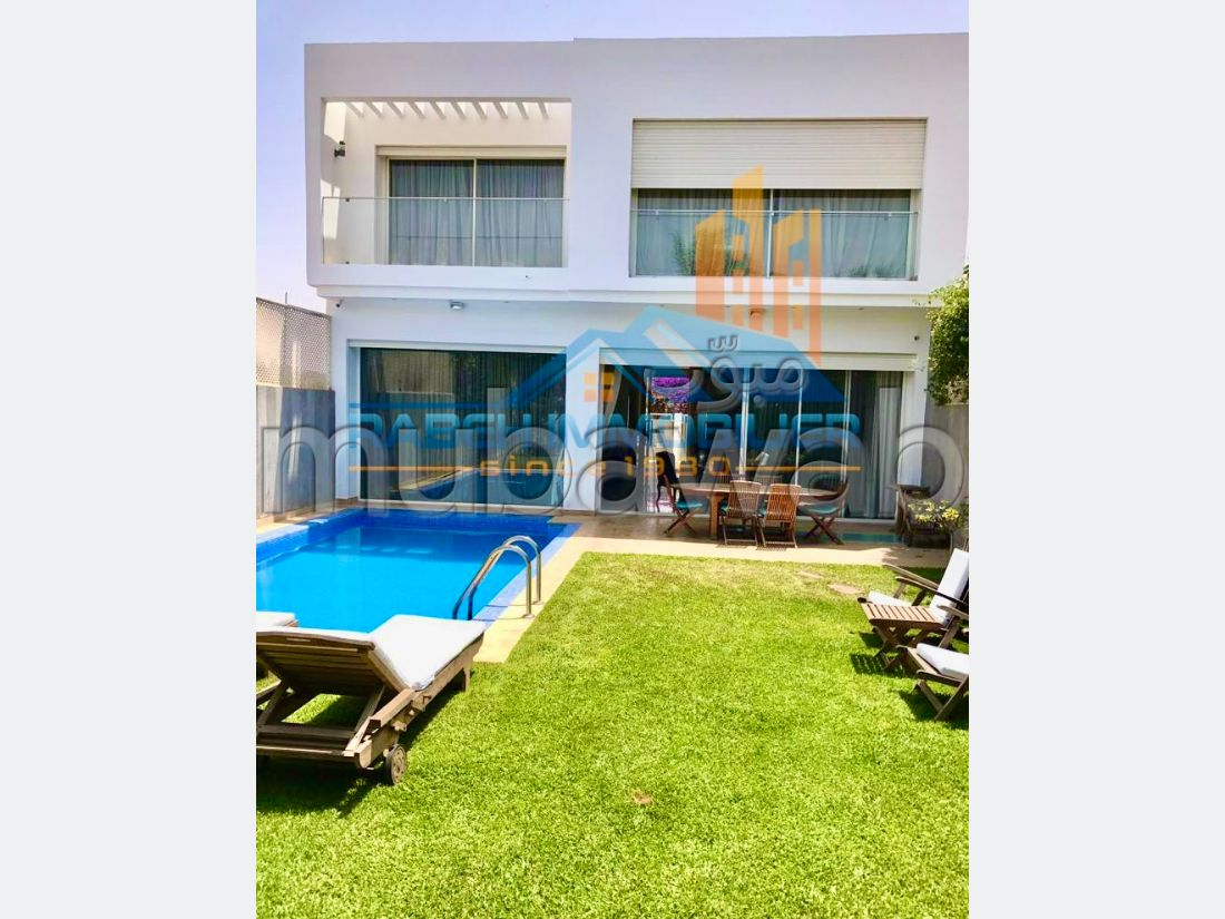 Villa de  331 m² à vendre à Sidi Maarouf