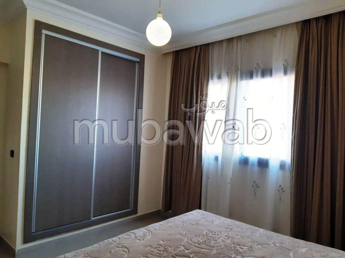 شقة للكراء بكليز. المساحة الكلية 44 م². مفروشة.