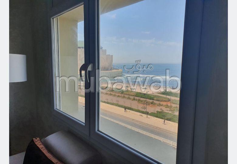 Se alquila este piso en Casablanca Marina. 3 Dormitorios. Completamente amueblado.