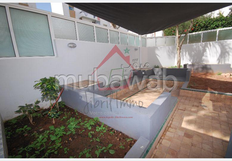 Appartement rénové Jardin du Souss avec terrasse