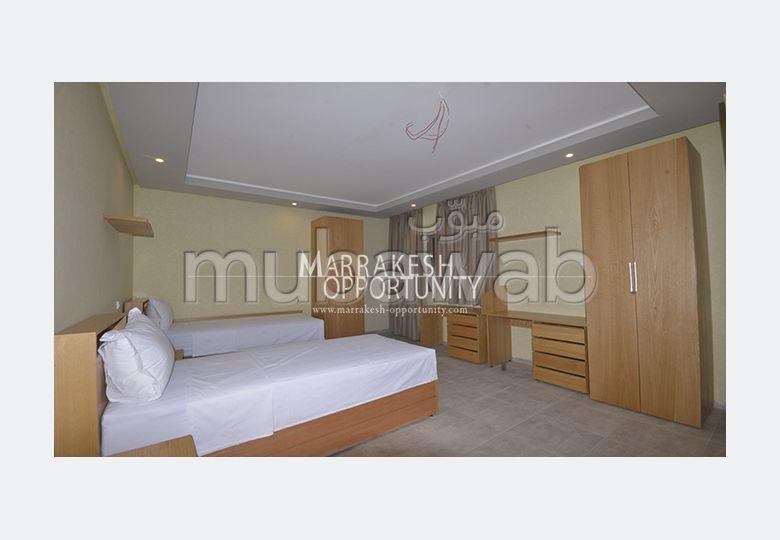 استئجار شقة بكليز. المساحة الإجمالية 27 م². إقامة مراقبة 24/24.