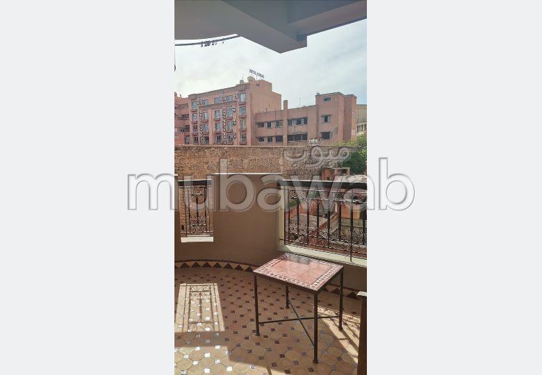 شقة للإيجار بكليز. المساحة الإجمالية 70 م². مفروشة.