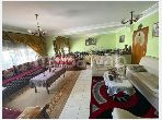 Beautiful apartment for sale in Mers Sultan. 2 beautiful rooms. Moroccan living room, security.