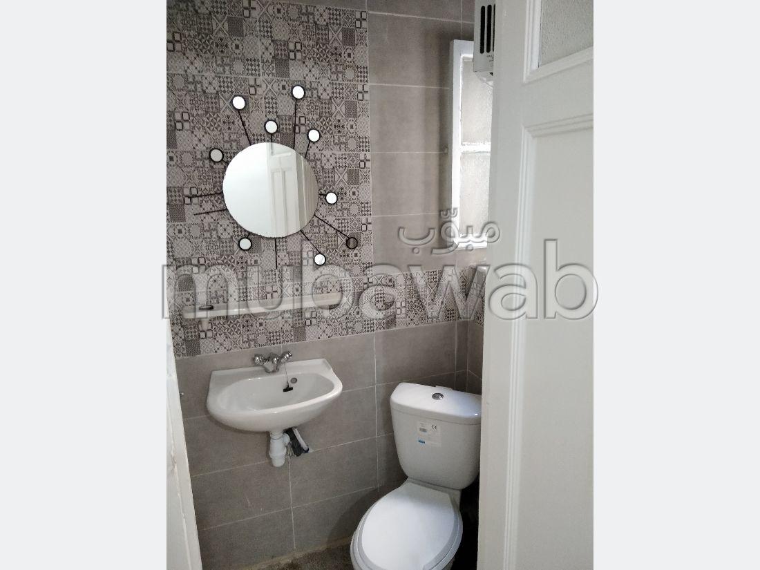 Bel appartement en location à rue Ibn khaldoun T