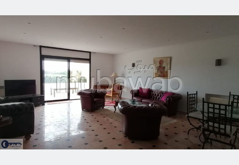 A louer un étage de villa meublé