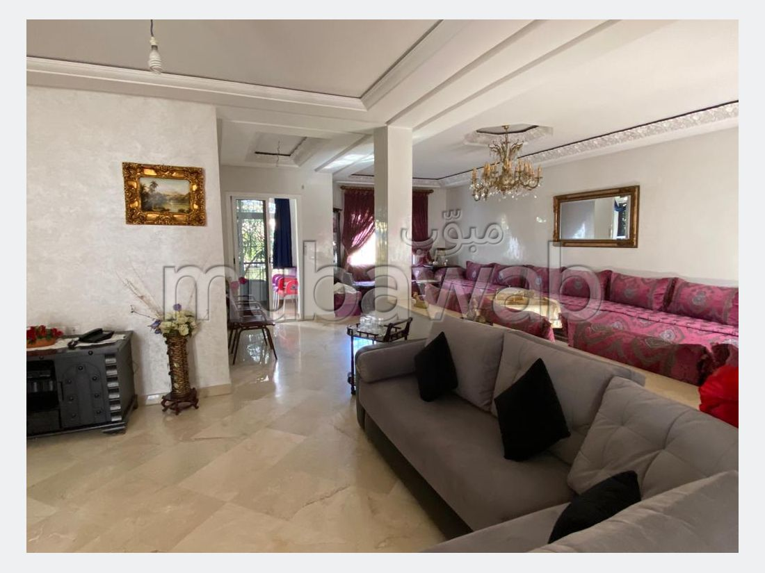 Townhouse in a private secure complexe