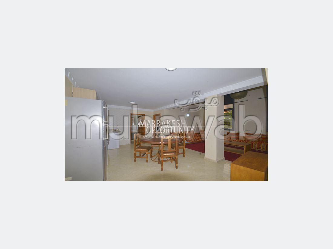 Apartment for sale in Guéliz. Large area 86 m². Well equipped kitchen.