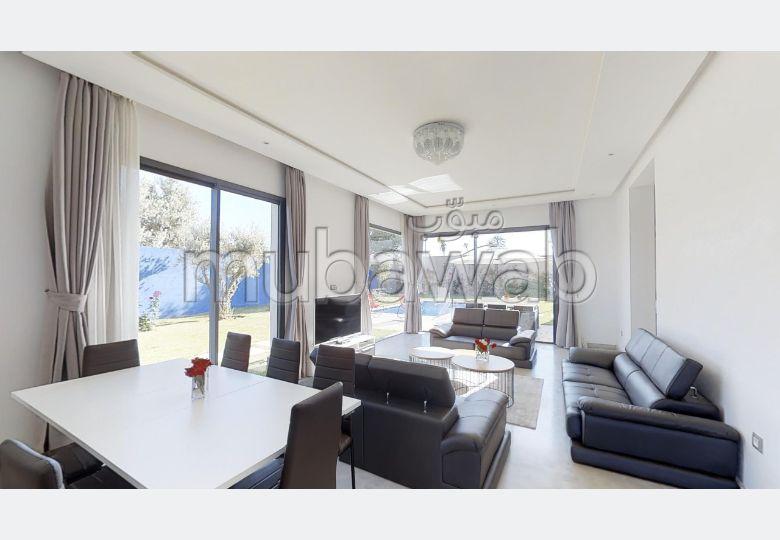 Somptueuse villa à vendre à Marrakech. 5 pièces confortables. Vue imprenable sur la mer, double vitrage
