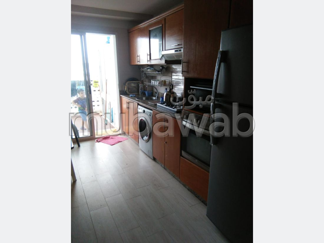 Apartments for rent in Monica. 2 Large room. Fully furnished.