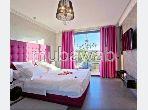 Appartement en location à Marrakech. 5 grandes pièces. Meublé