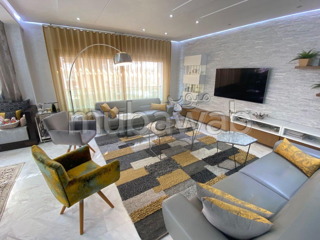Appartement 3 façade Semi meublé Champs de Course