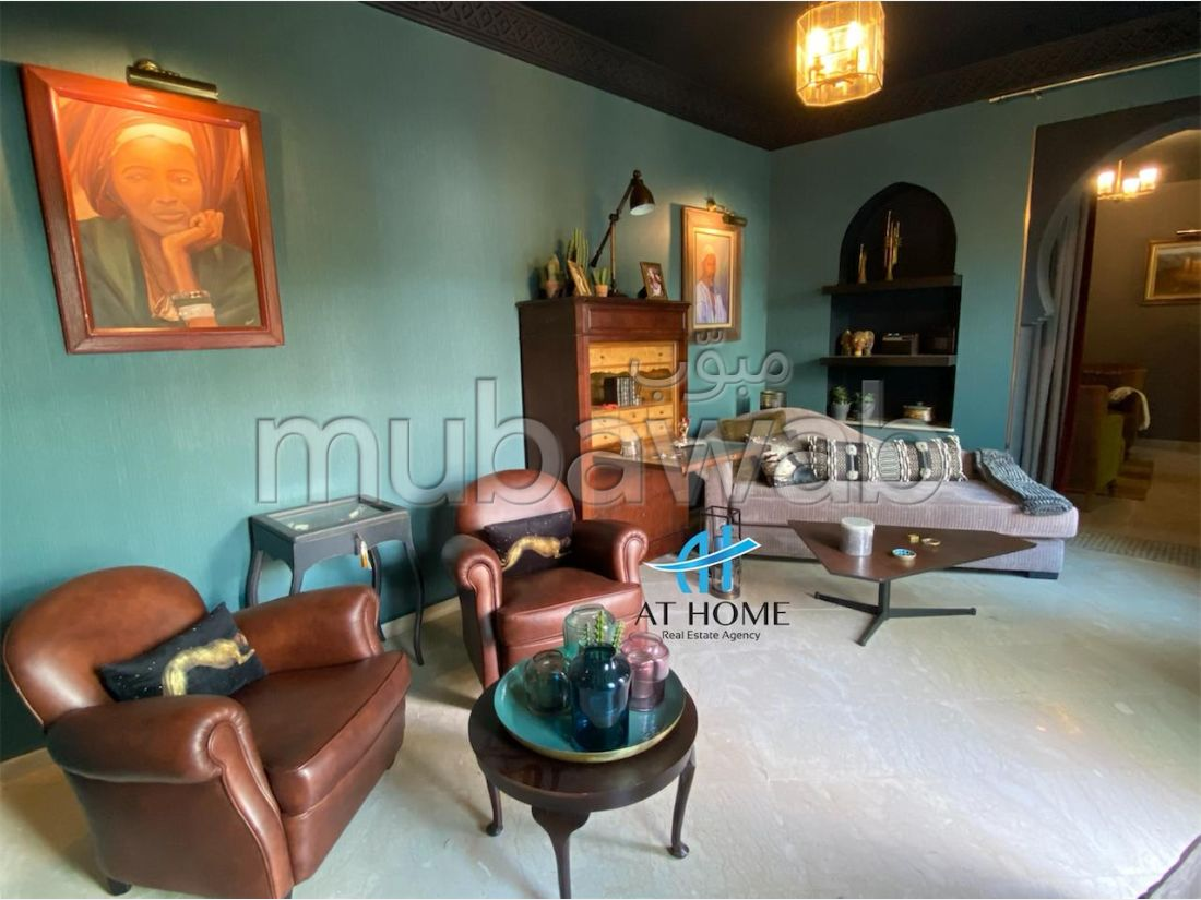 Luxury house for rent in De La Plage. 7 large living areas. Furnished.