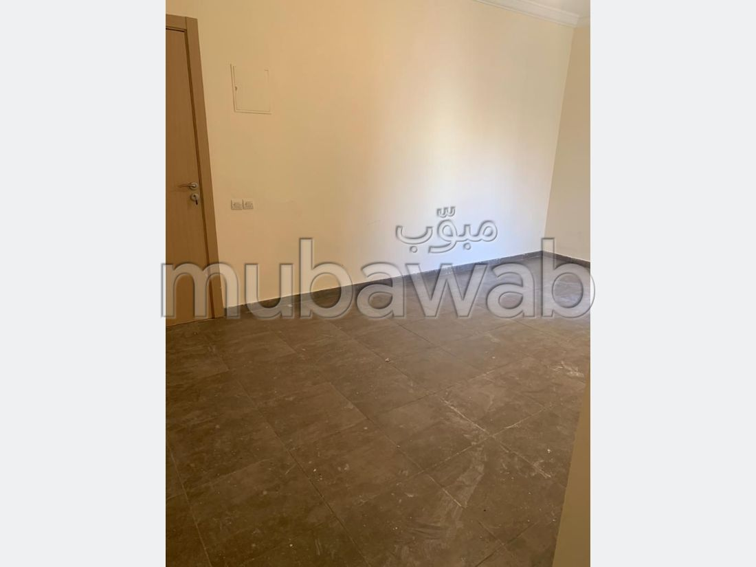 Apartment for rent in Route Casablanca. 2 Rooms. Lift and garage.
