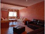 Piso en venta en Guéliz. 3 habitaciones confortables. Residencia con conserje, aire condicionado general.