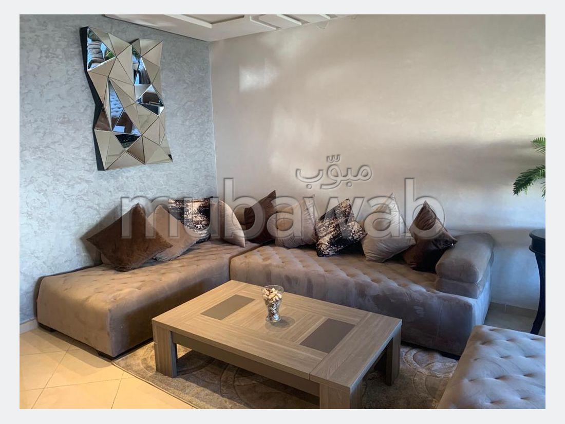 Pisos en alquiler en Mimosas. Gran superficie 115 m²;. Amueblado.