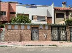 High quality villa for sale in Aïn Sebaâ. 4 comfortable rooms. Carpark, Balcony.